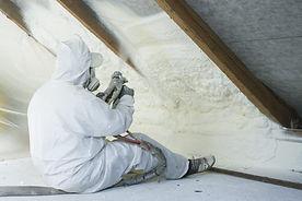 spray-Foam-insulation-Magnus.jpeg