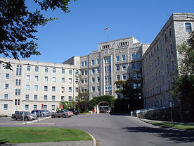 img-royal-university-hostpital.jpg