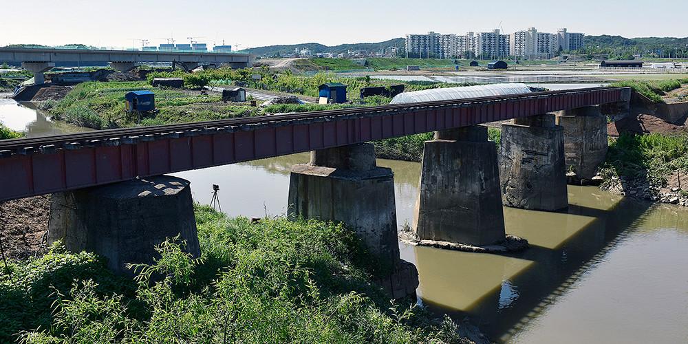 고정남_Suin Railroad#05_아카이벌 피그먼트 프린트_45×90cm_2018.