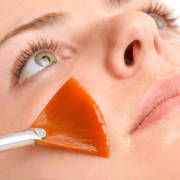 bigstock-beauty-salon-facial-peeling-m-8