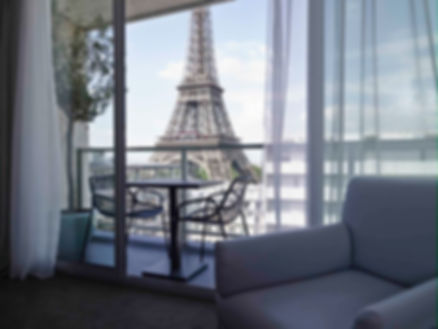 EiffelRoom.jpg