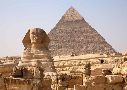 pyramidsphinx2.jpg