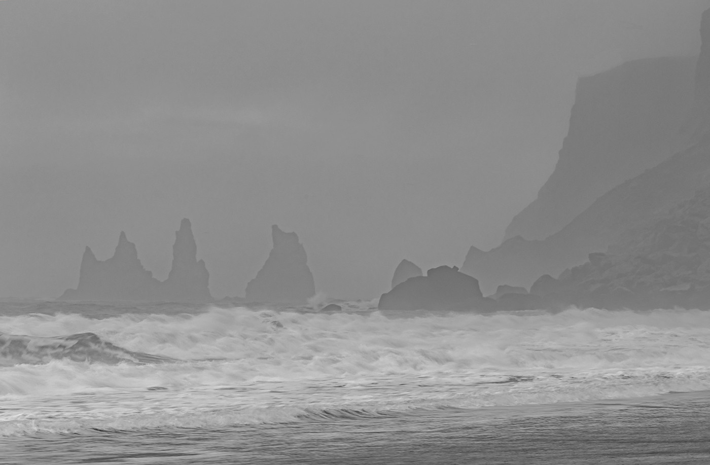 MONO - Foggy Morning by Wendy Shaw (4.5 marks)
