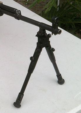 Bayonet bi pod.jpg