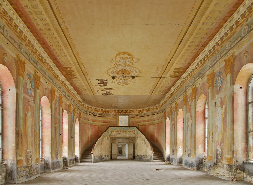 The Banqueting Hall in the Château of Uherčice. The Friends gave a grant to secure the the ceiling, without which it might well have collapsed. The EU has subsequently given a large grant for the restoration of an entire wing of this neglected château. Image © Slaviček/NPÚ