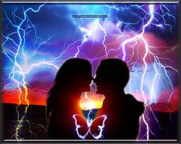 die Liebe schlägt ein, wie ein Blitz und erzeugt Schmetterlinge im Bauch