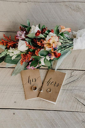 Hand-written vows at a fall elopement