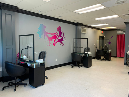 Ty's Nail Candy: Manicure Stations