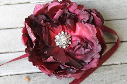 VINTAGE RHINESTONE FLOWER BELT IN MERLOT