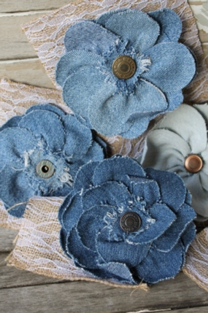 UPCYCLED DENIM BUTTON FLOWER PIN
