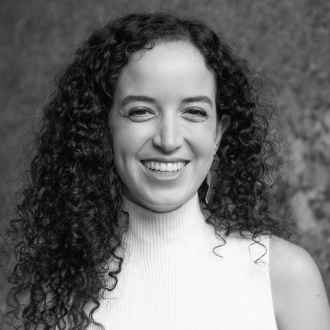 LAURA BENNEGADI - CEO & Co-Founder