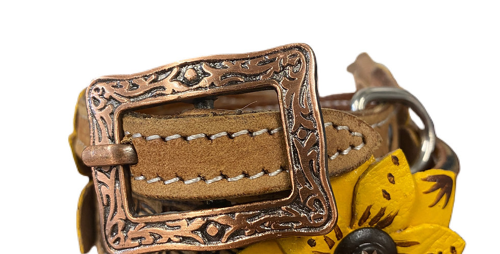 Genuine leather dog collar with painted 3D flower accent DC-43