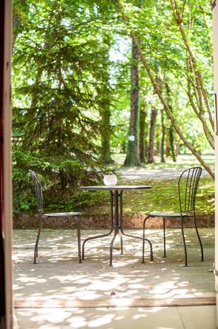 terrasse privative chambre vue parc chateau des ayes