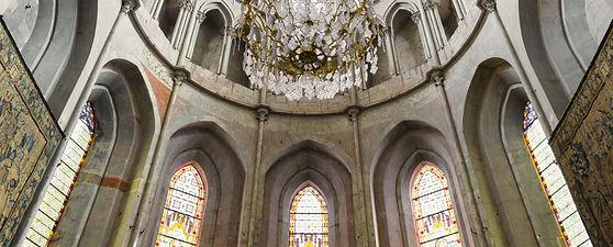 saint antoine l'Abbaye et le Château des Ayes