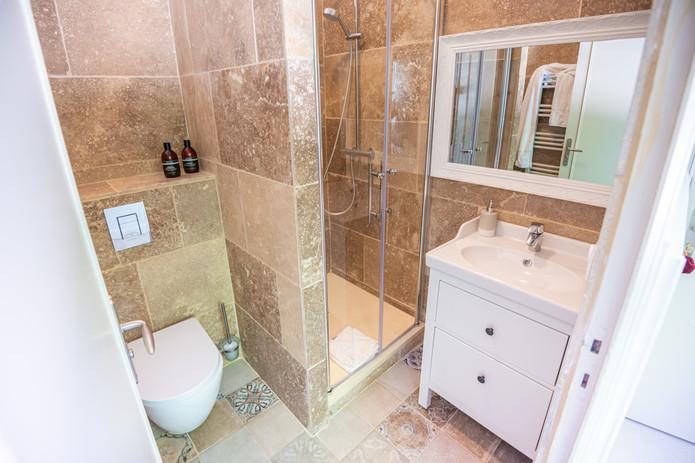 Salle de bain chambre château des ayes