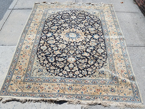 Heriz-Style with a blue  Cream Ground  Rug