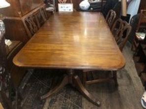 Vintage Baker Bnded dining table with three originsl leaves and pads