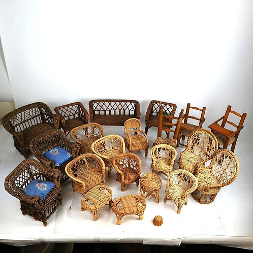 Miniature Wicker collection