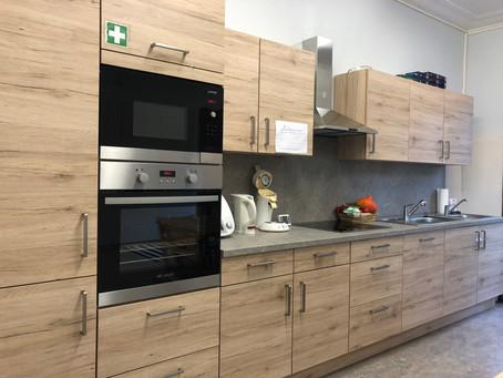 Küche von links