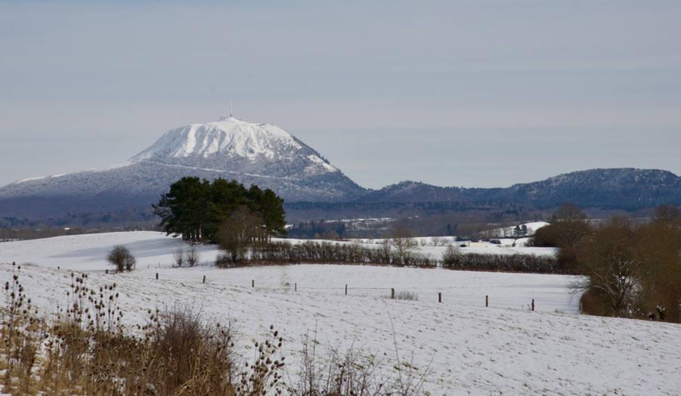 Puy_de_Dôme_hiver.jpg