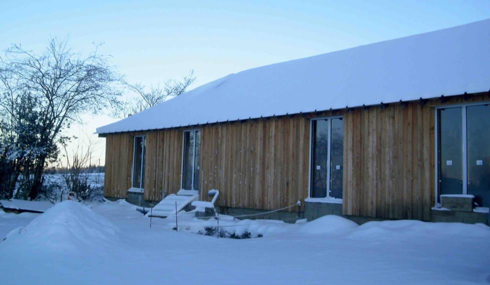 gites buitenkant winter sneeuw domein.11