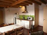 Eetplaats en keuken van Crocus, een vakantiewoning voor 4 personen.