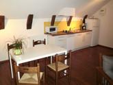 Keuken/eethoek van Genet, een vakantiewoning voor 4 tot 5 personen.