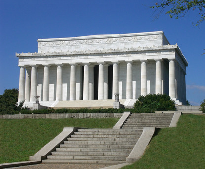 Lincoln-Memorial_WashingtonDC.jpg
