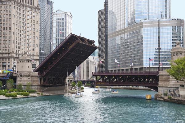 michigan-avenue-bridge-dusable-bridge-05