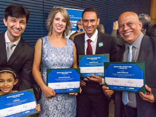 4 Profissionais do DF recebem a Honraria José Manoel Gomes Tubino