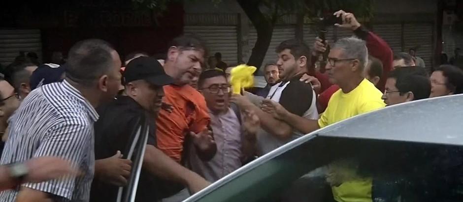 Entidade de juízes pede a Aras que denuncie Cid Gomes por tentativa de homicídio