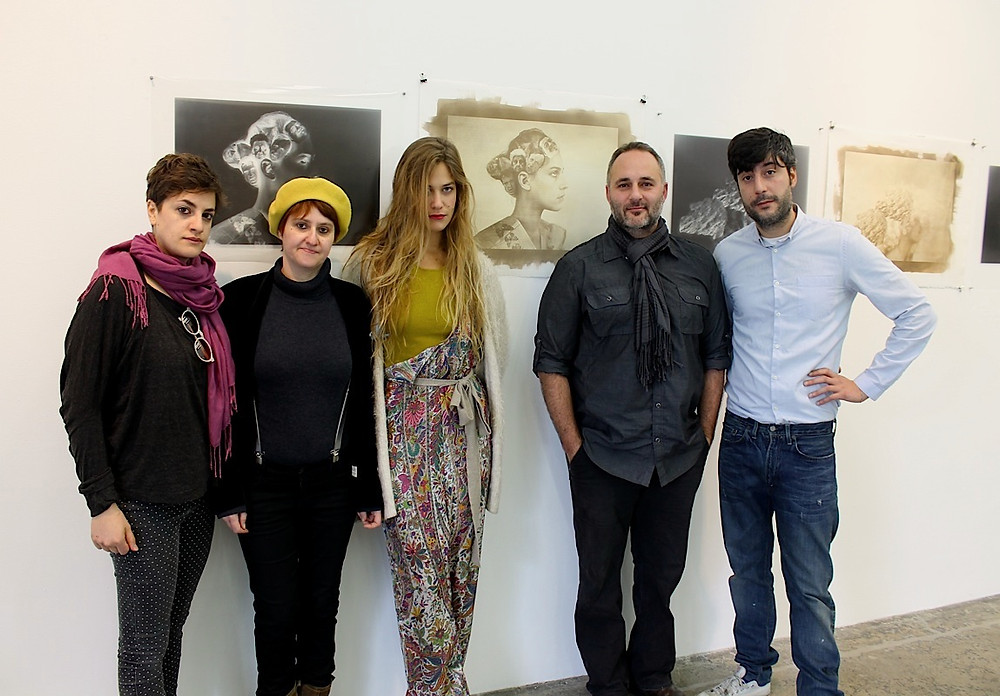 Maria-Francesca-Palmerio-e-Anna-Dusi-curatrici-delle-due-mostre-con-gli-artisti-
