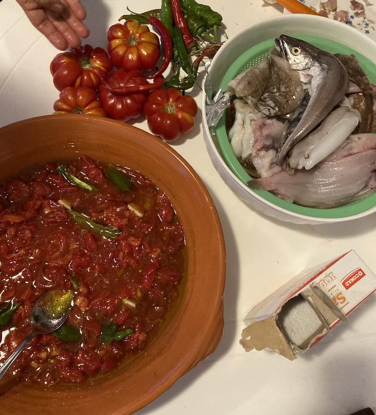 pesce pulito pomodoro coccio per brodetto alla vastese