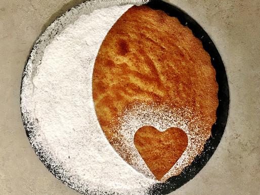 La torta di nocciole, senza farina, senza olio e senza burro.