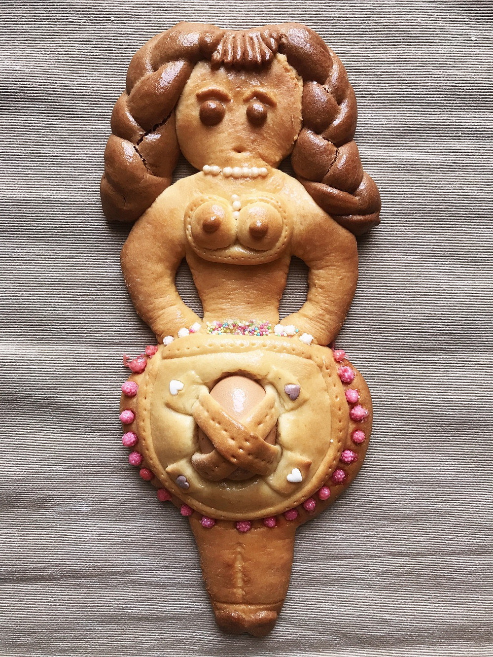 pupa abruzzese biscotto tradizione italiana pasqua
