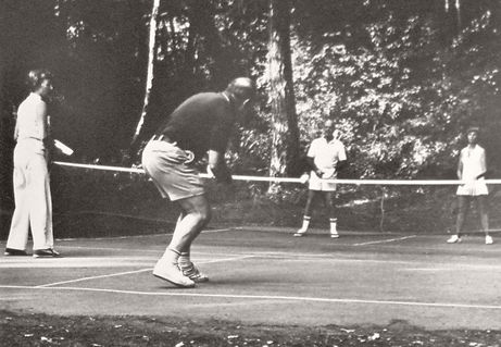 pickleball-on-bainbridge-island.jpg