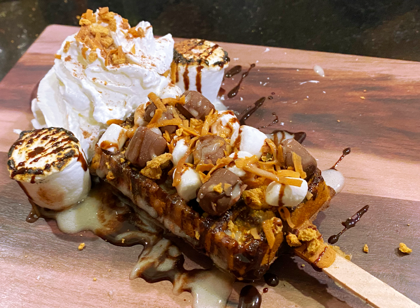 CAMPFIRE_SMORES_LOLLY.png