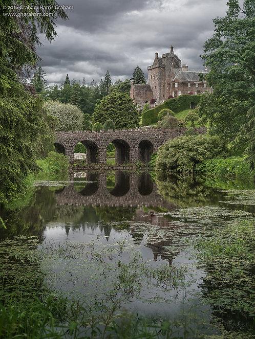 Caisteal Drumainn (Drummond Castle), Crieff
