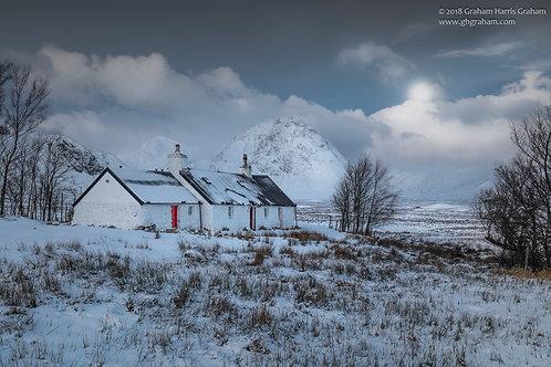 Tigh Craig Dubh, Mòinteach Raineach (Blackrock Cottage, Rannoch Moor)