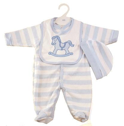 Giftset voor baby's 100 % katoen. hobbelpaard pyjama,muts en slabbetje. www.bimbolino.be