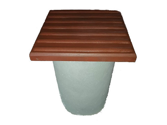 Стільчик для вуличного столика з бетону