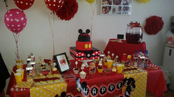 mickey  mouse  sweet table