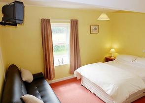 trout inn bedroom