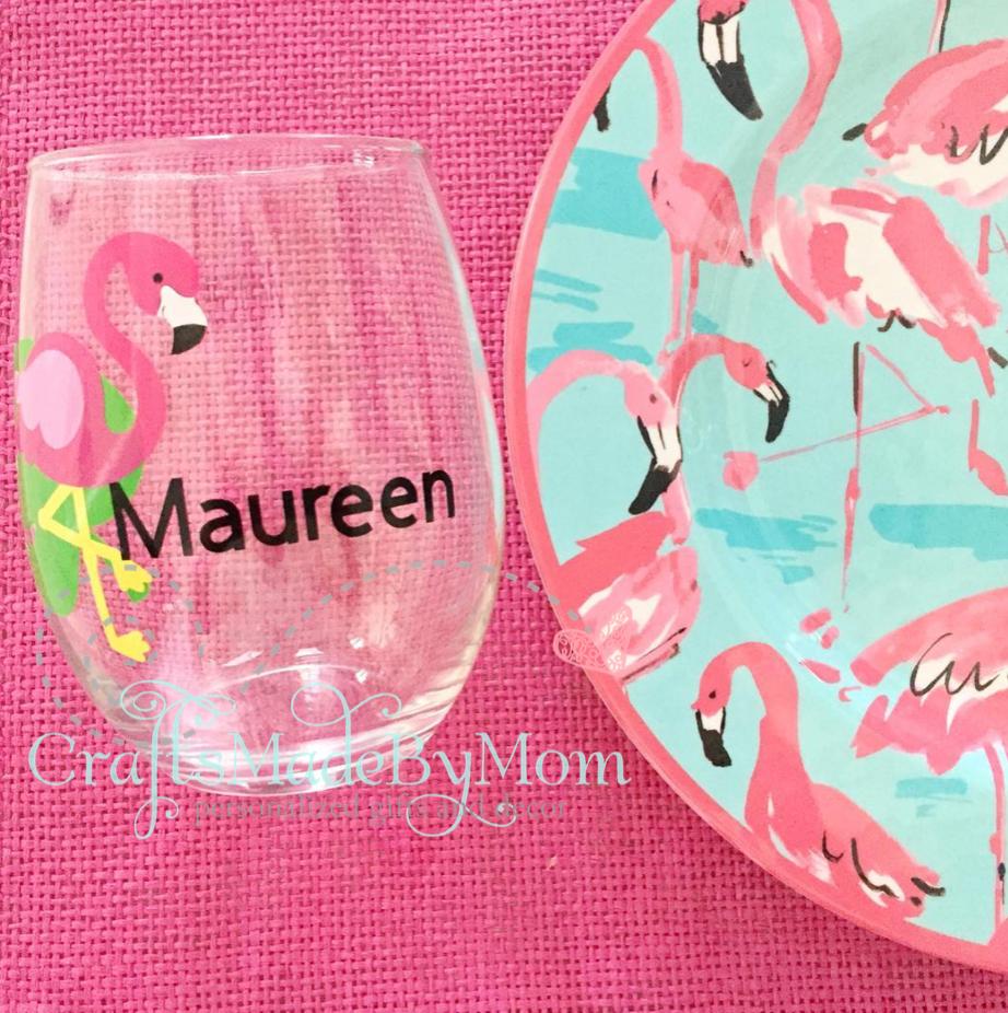 Flamingo stemless glasses for a flamingo dinner party
