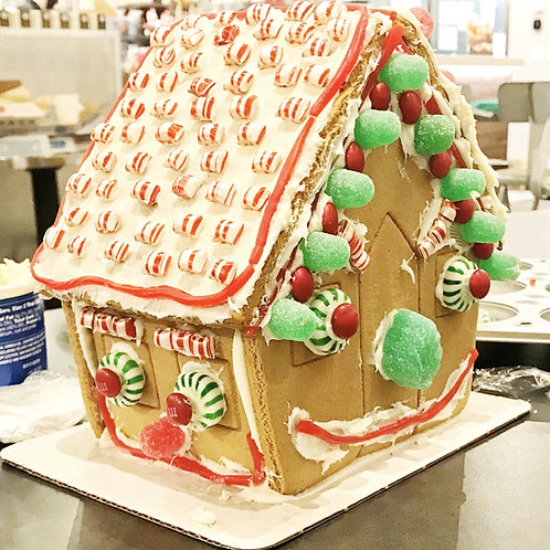 Gingerbread House Decorating Event on December 18, 2020