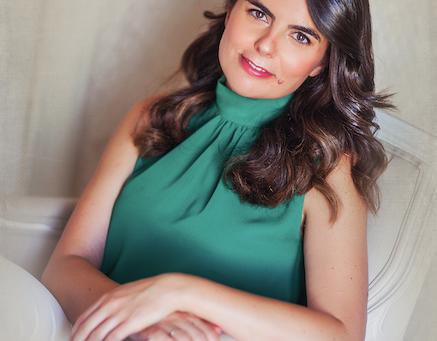 Conoce a la escritora. Entrevista a Elena Fuentes