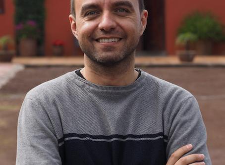 Conoce al escritor. Entrevista a José Zoilo