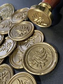 Olive Leaf Wax Seal Antique Gold