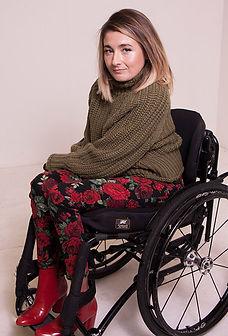 Laura Wright 2.jpg