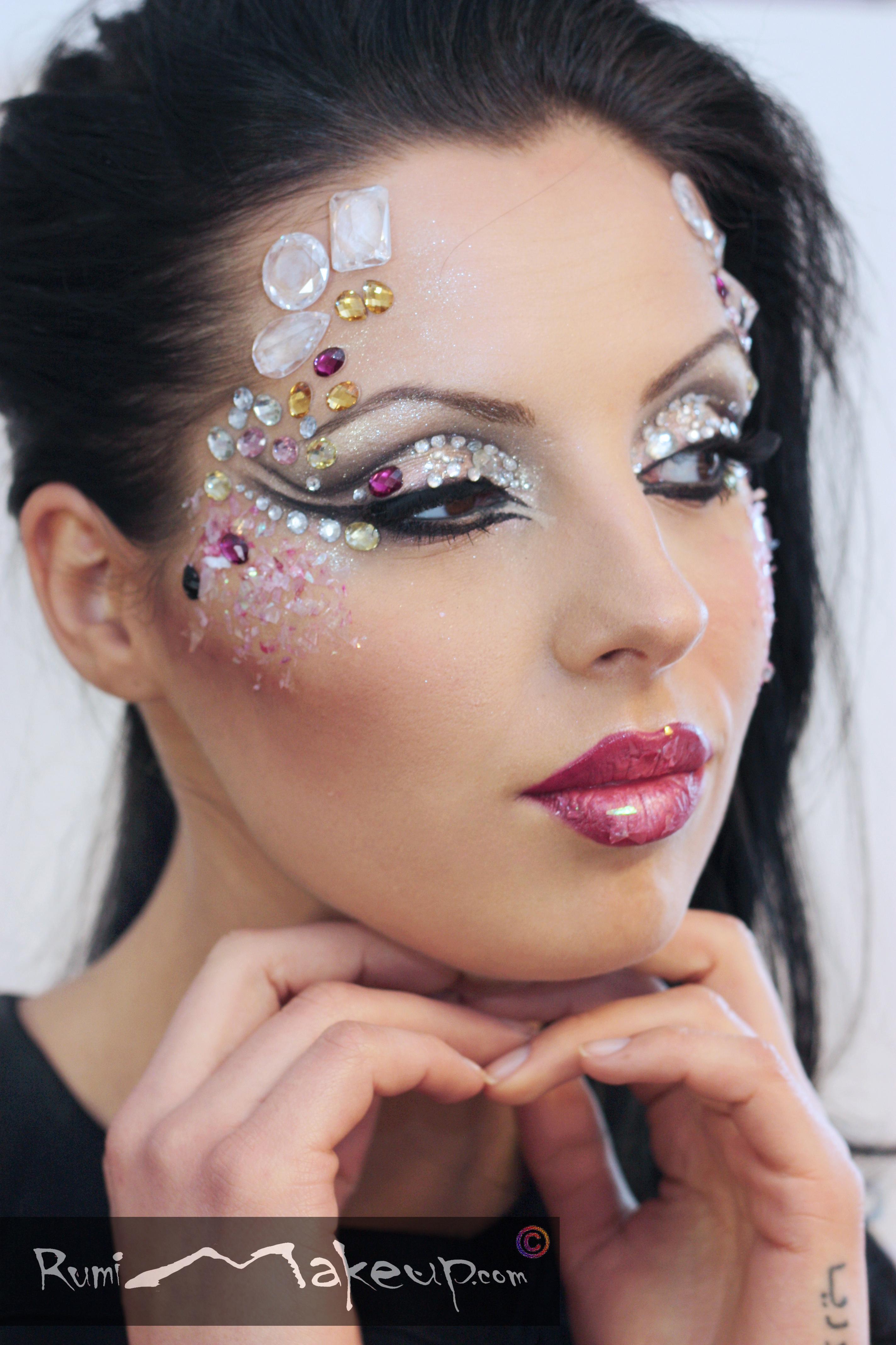 """Swarowsky crystals"" makeup"